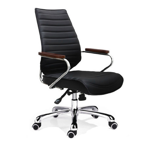 Calm practical comfortable good value leather office chair