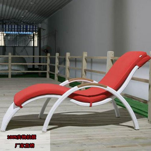 white plastic rattan sun lounger/outdoor beach recliner Cha